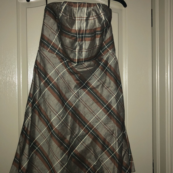 Banana Republic Dresses & Skirts - Banana Republic size 6 plaid strapless dress